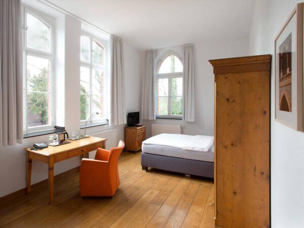 Hotelzimmer Düsseldorf - Einzelzimmer Business - Hotel Mutterhaus